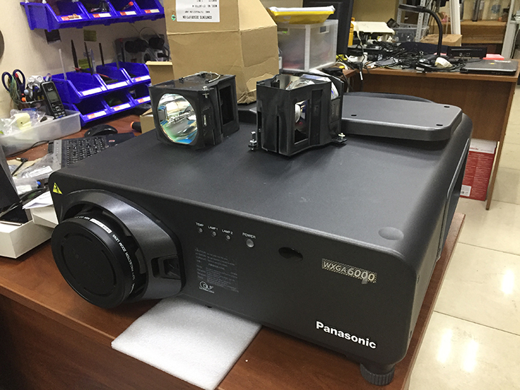 Ремонт Panasonic PT-DW7000E-K